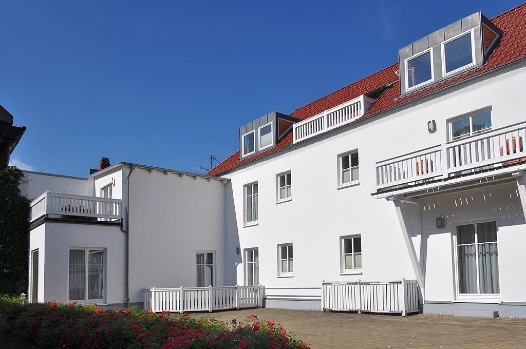 Haus Louise*** - Ferienwohnungen in Putbus auf Rügen